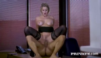 Jessa Rhodes experiences insane anal bliss with the driver
